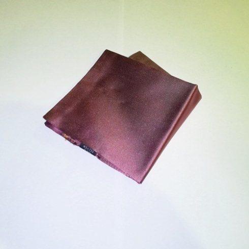 Fukszialila alapon fekete csíkos selyem díszzsebkendő