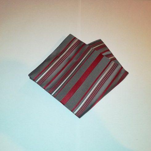 Sötétszürke alapon bordó csíkos selyem díszzsebkendő