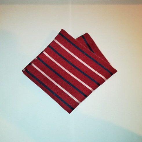 Bordó alapon sötétkék és világos rózsaszín csíkos selyem díszzsebkendő