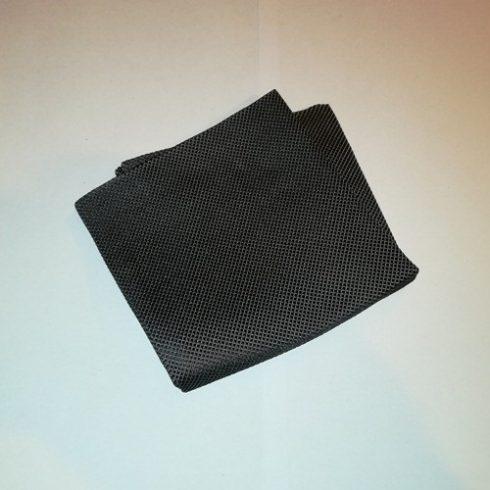 Fekete alapon ezüstszürke mintás selyem díszzsebkendő