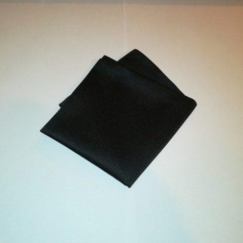 Fekete, anyagában csíkos selyem díszzsebkendő