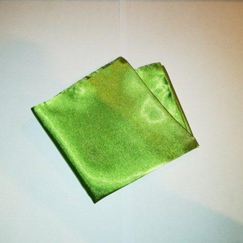 Olivazöld selyem díszzsebkendő