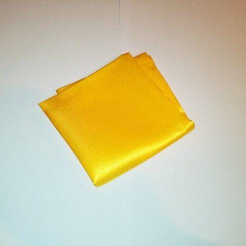Sárga selyem díszzsebkendő