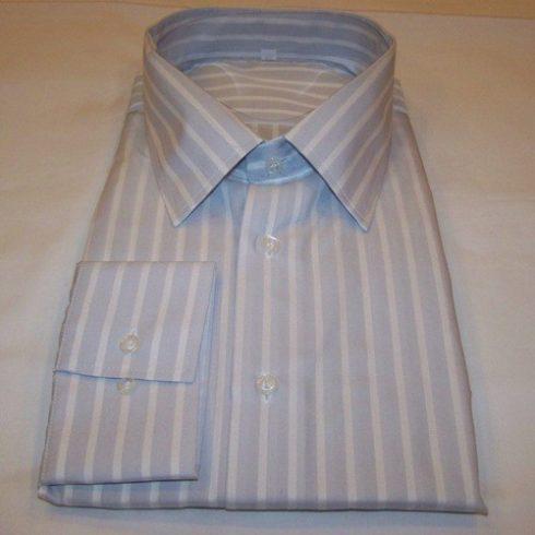 Világosszürke alapon fehér csíkos hosszú ujjú ing