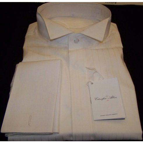 Krémszínű, anyagában csíkos szmoking ing